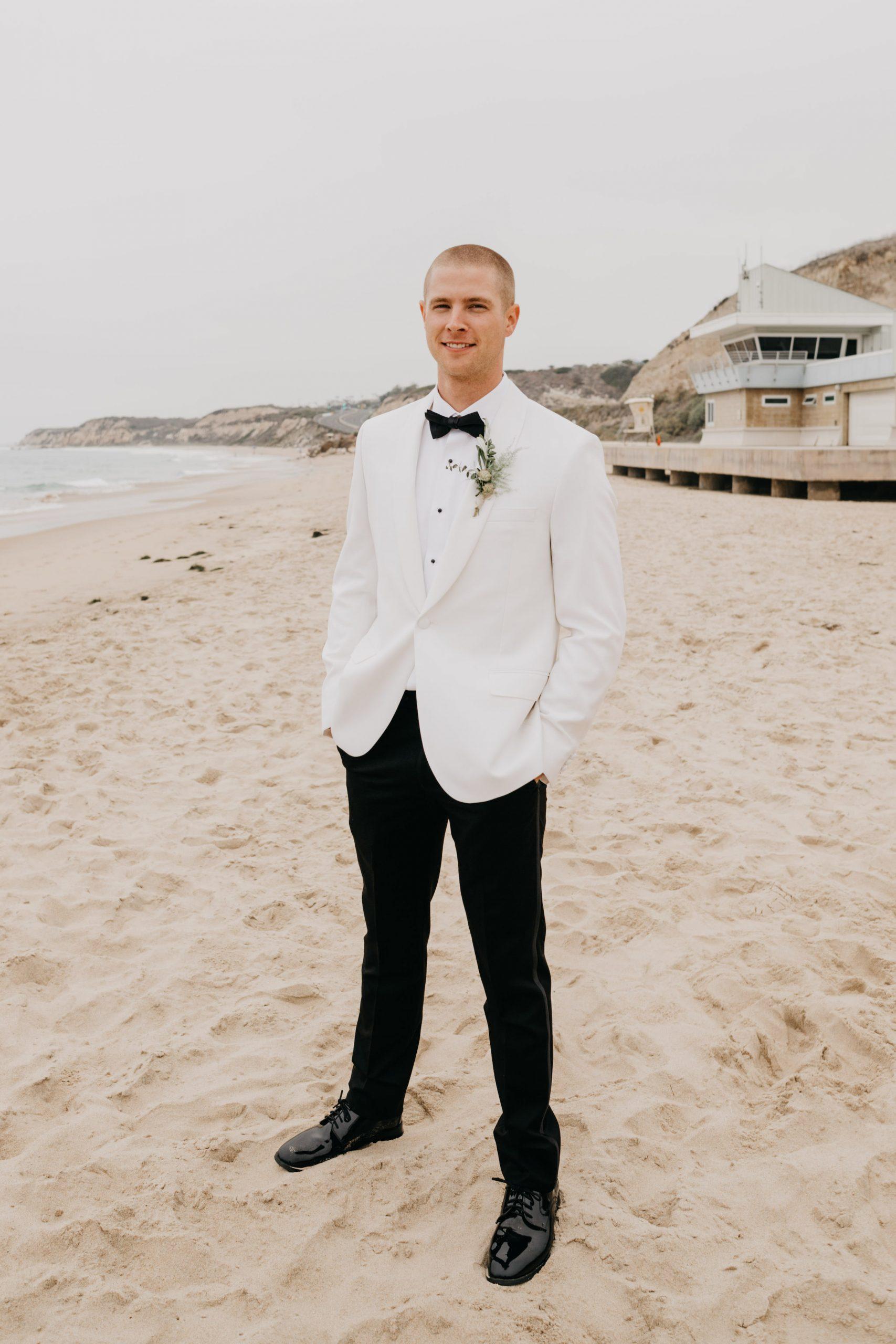Crystal Cove State park Wedding in Laguna Beach, image by Fatima Elreda Photo
