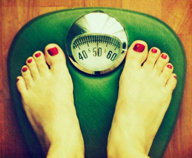 Você sabe quantas calorias é preciso queimar para perder um quilo? Descubra!