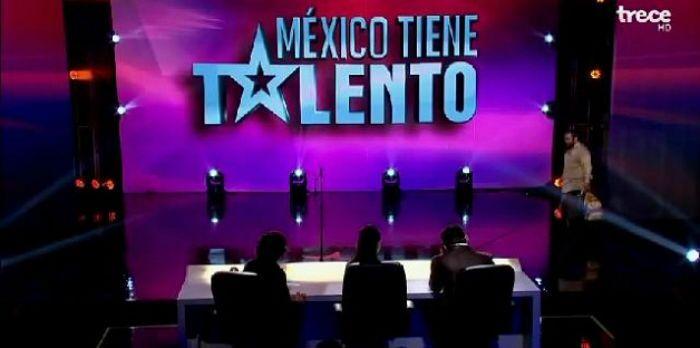 Mendigo emociona jurados em show de talentos do México