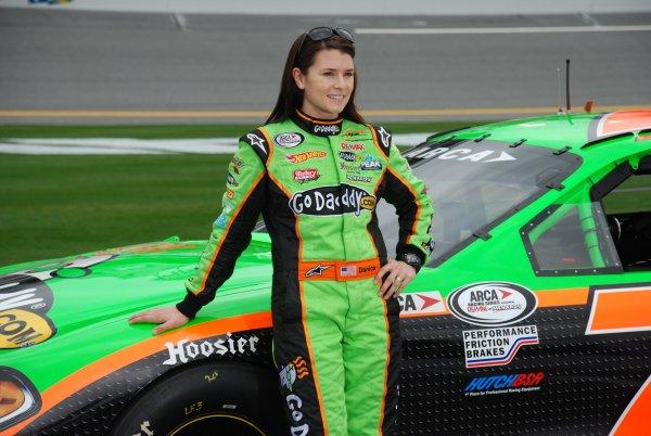 NASCAR_danica_patrick