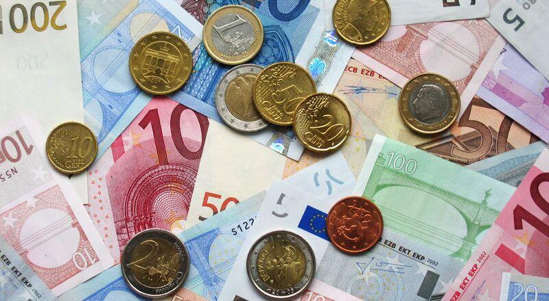 Os 6 impostos mais absurdos cobrados na Itália