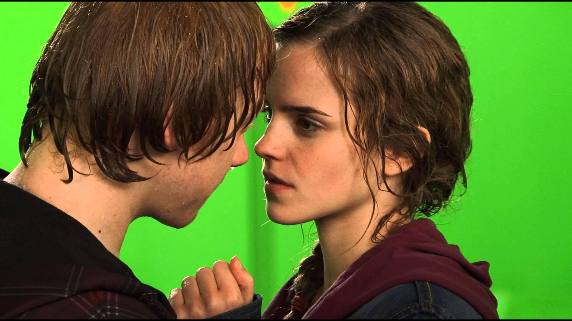 9 cenas de beijo que os atores odiaram fazer