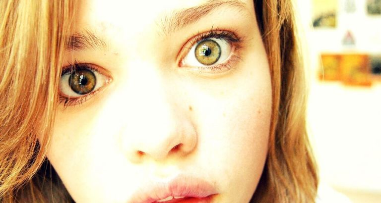 O que acontece se você olhar para os olhos de uma pessoa por 10 minutos?