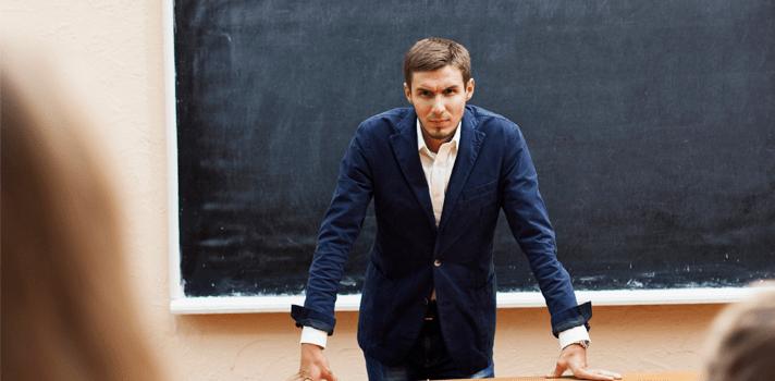 7 histórias macabras sobre professores que assassinaram seus alunos