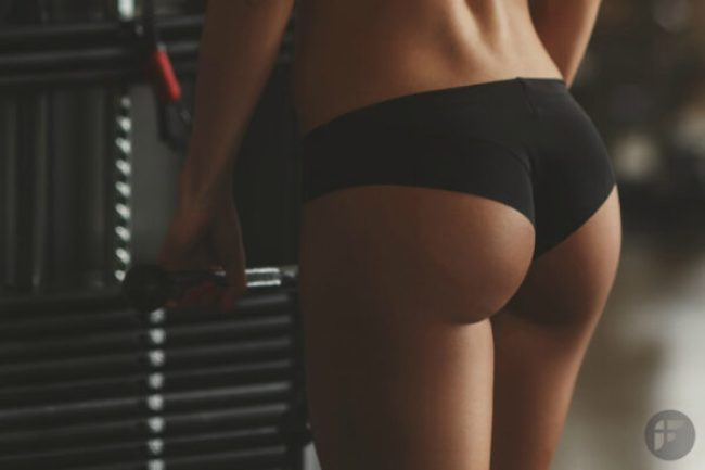 7-squat-challenge-to-toned-butt