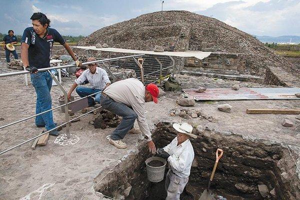 jun2016_c04_teotihuacan.jpg__600x0_q85_upscale