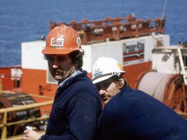 1-petroleum-geologist