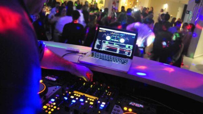 dj-som-festa-casamento-debutante-telao-datashow-aluguel-de-gerador-energia-debutante-sp-itapecerica-da-serra