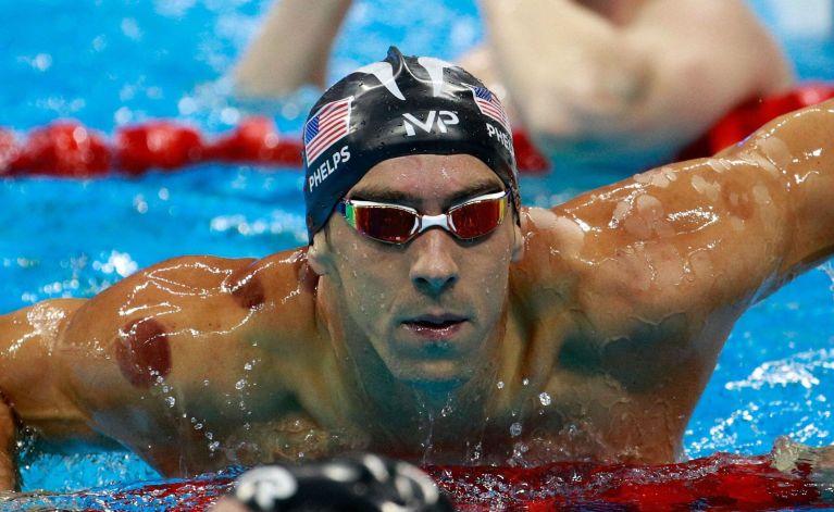 O que eram as manchas no corpo de Phelps na estreia na Olimpíada do Rio 2016?