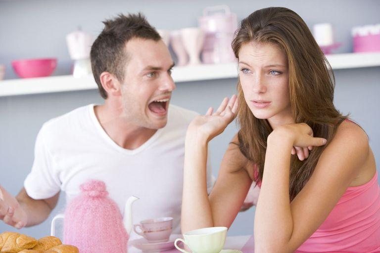 7 provas de que seu parceiro está com você apenas por comodismo