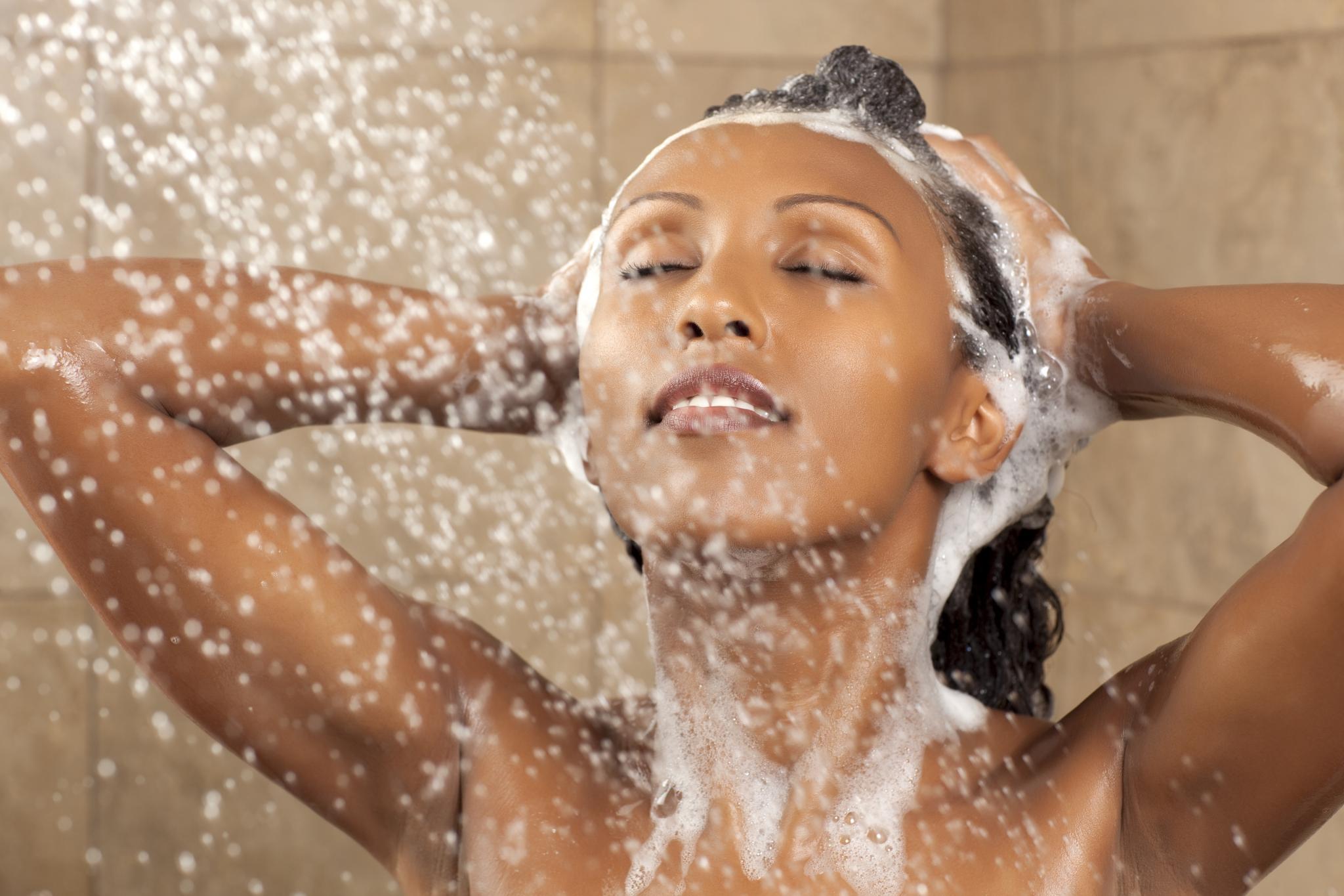 O que acontece se pararmos de usar shampoo no cabelo?