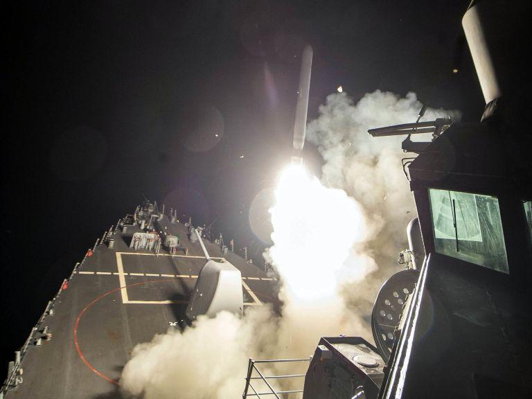Por que os Estados Unidos jogaram mísseis na Síria e o que isso quer dizer?