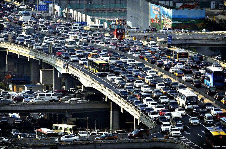18 imagens mostram como é a 'hora do rush' em diferentes países