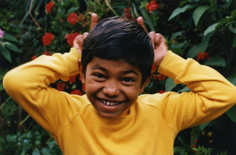 Um menino de 4 anos desaparece de casa, 25 anos depois um homem aparece e deixa a família em lágrimas