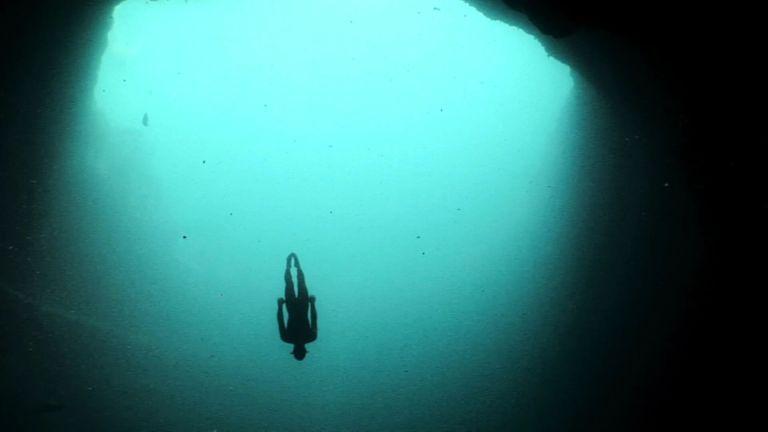 Quão longe o homem já foi nas profundezas do mar?