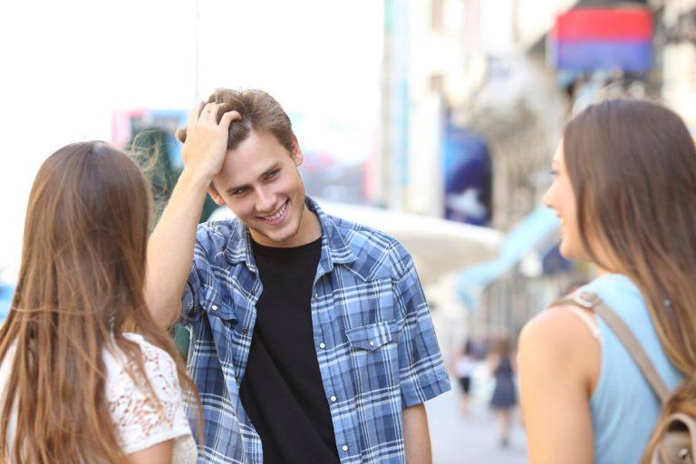 7 fatos sobre ser o crush de alguém que nunca te contaram