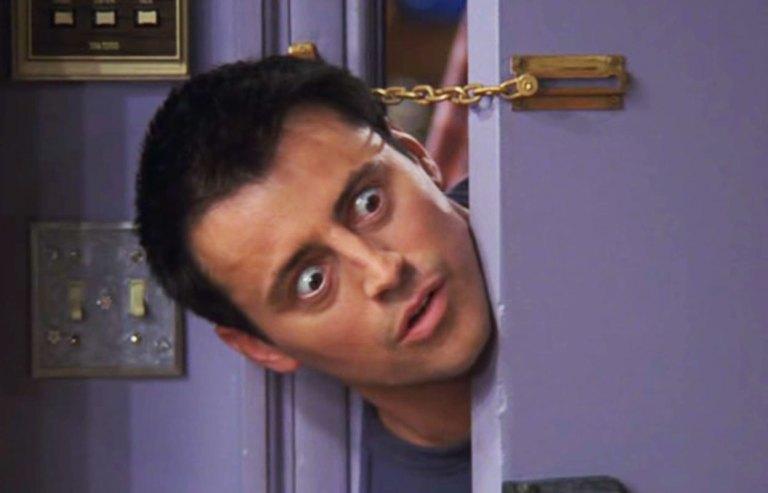 6 coisas sobre o Joey de Friends que não fazem o menor sentido