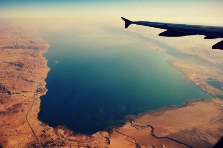 Por que a água do Mar Morto é tão fatal?