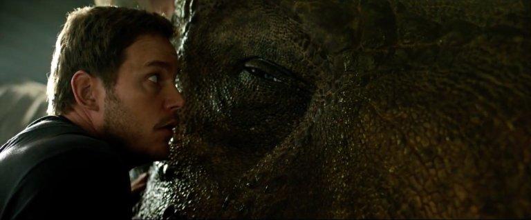 Jurassic World: Reino Ameaçado ganha seu primeiro trailer completo