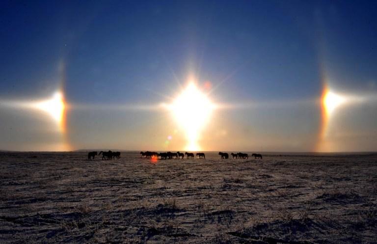 Que fenômeno é esse que fez três sóis brilharem na Terra?