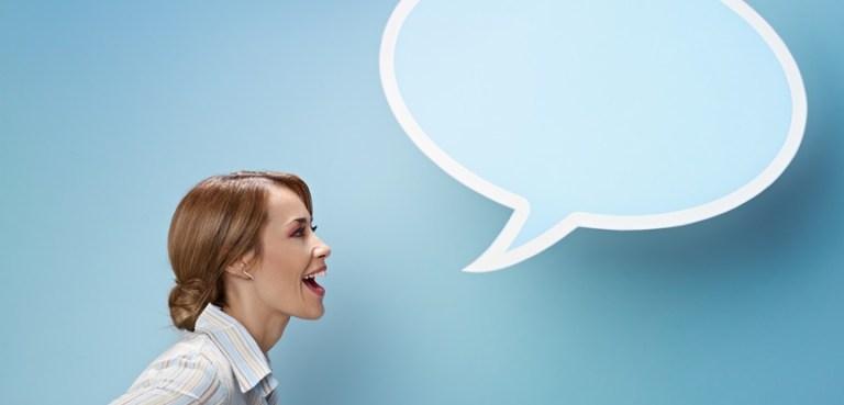 Você fala sozinho? Segundo a ciência, gente que faz isso pode ser muito inteligente