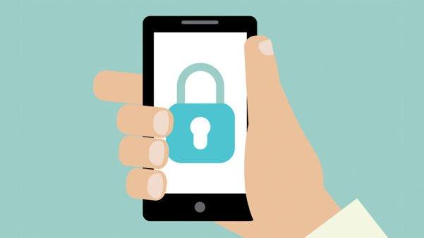 7 truques para esconder coisas no seu celular como um ninja