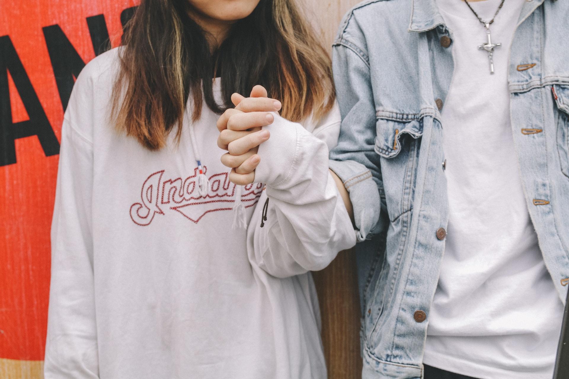 A linguagem corporal de um casal pode dizer muito sobre ele