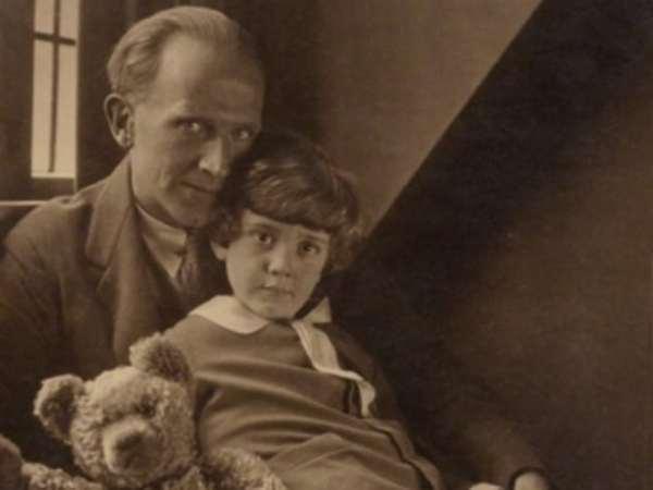 Christopher Robin Milne And Father 600x450, Fatos Desconhecidos