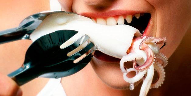 Isso é o que pode acontecer com sua língua após comer frutos do mar mal cozidos