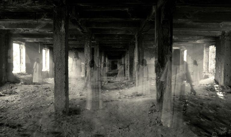 7 casas assustadoras com terríveis histórias de bastidores