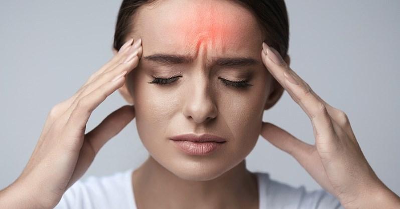7 hábitos que podem estar causando suas dores de cabeça