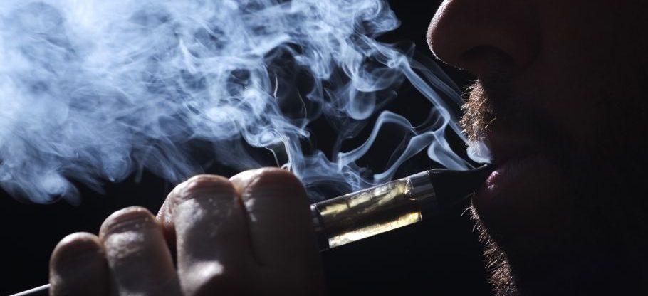 Pesquisa mostra mais um perigo para quem usa cigarros eletrônicos diariamente