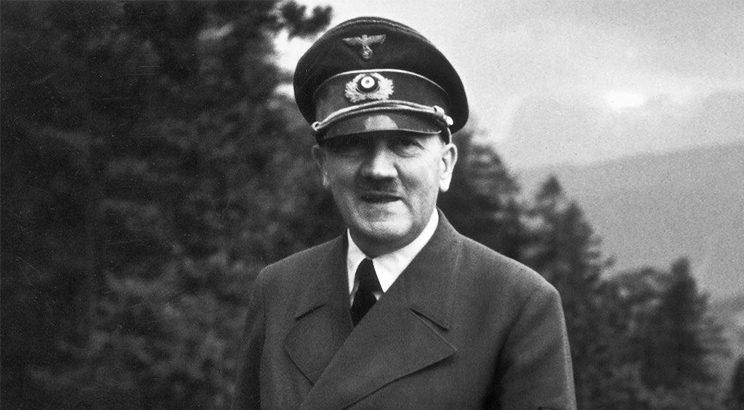 Relatório sugere que Hitler era sadomasoquista e viveu em albergue gay