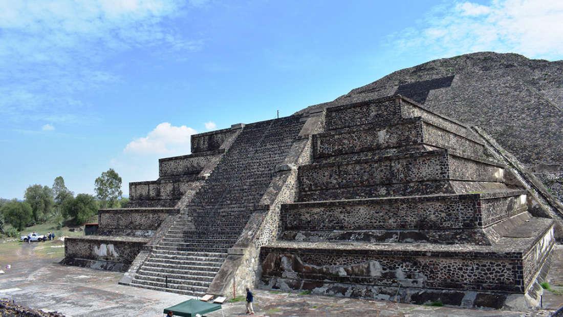 """Uma """"passagem para o submundo"""" foi encontrada em pirâmide no México"""