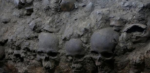 O que significava essa torre de crânios humanos dos Astecas?