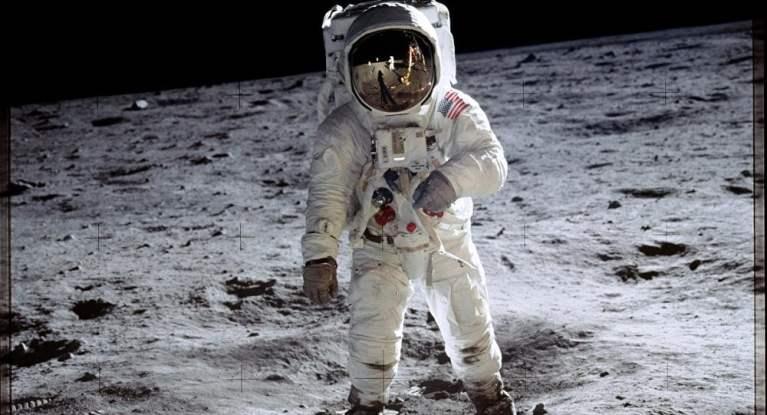 Quantas pessoas já foram para o espaço?