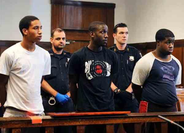 10 Criminals Who Incriminated Themselves On Facebook 6 600x433, Fatos Desconhecidos