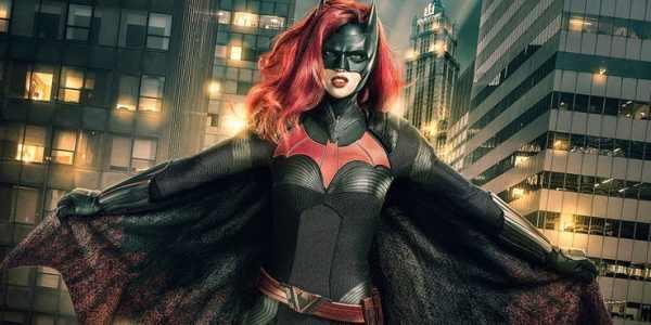 Batwoman Ruby Rose 600x300, Fatos Desconhecidos