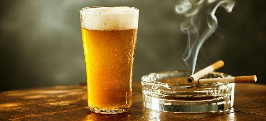 Cigarro vs álcool: qual faz mais mal para a saúde?