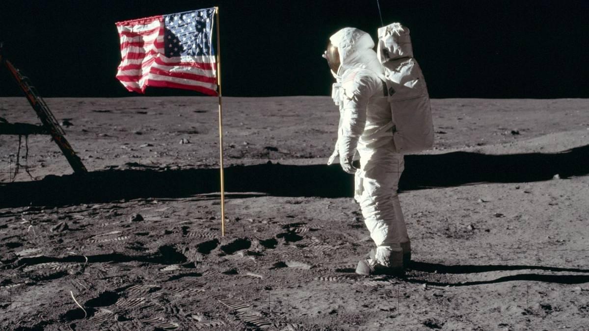 NASA pretende enviar mulher à Lua até 2024
