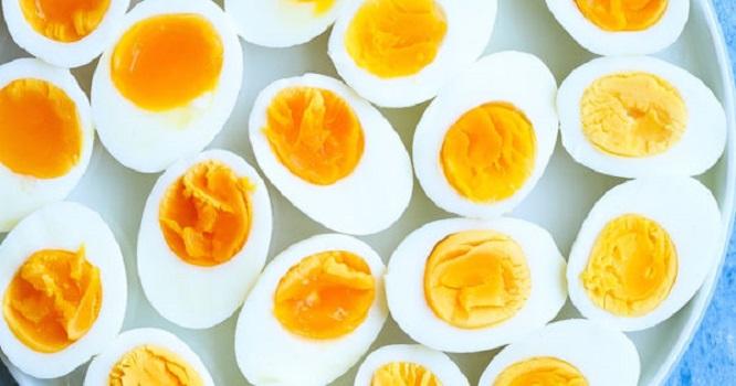 O que aconteceu com o homem que resolveu comer 50 ovos?