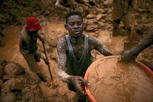 7 maneiras com que os escravos trabalham ainda hoje