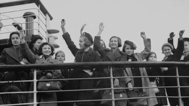 7 celebridades que sobreviveram ao Holocausto