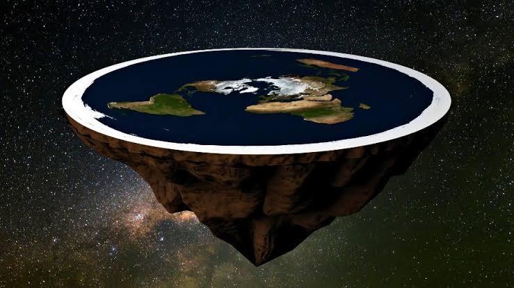 O que existe embaixo da Terra Plana, segundo os terraplanistas