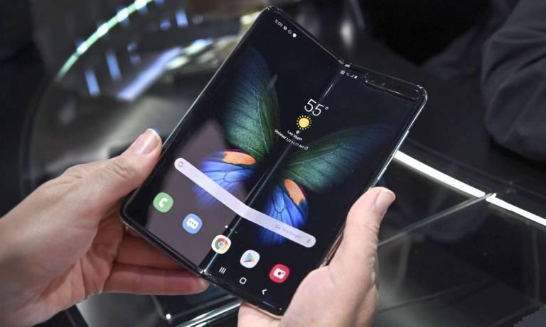 Conheça o celular da Samsung que custa R$ 12.999 no Brasil