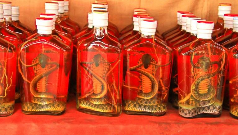 7 bebidas alcoólicas mais bizarras que você vai ver na vida