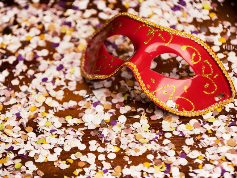 Como eles definem as datas do Carnaval todos os anos?