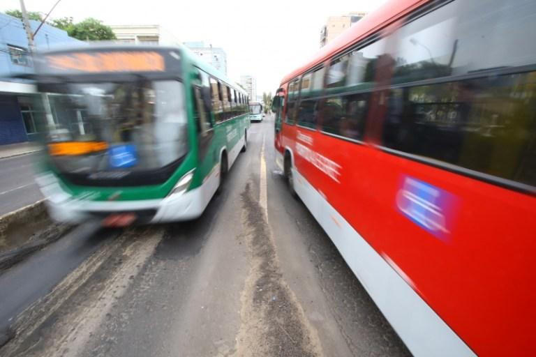 Quanto custa andar de ônibus em 26 cidades do Brasil?