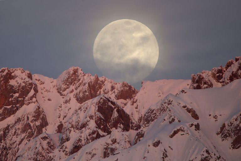 Sábado olhe para o céu e contemple a 'Lua de Neve'