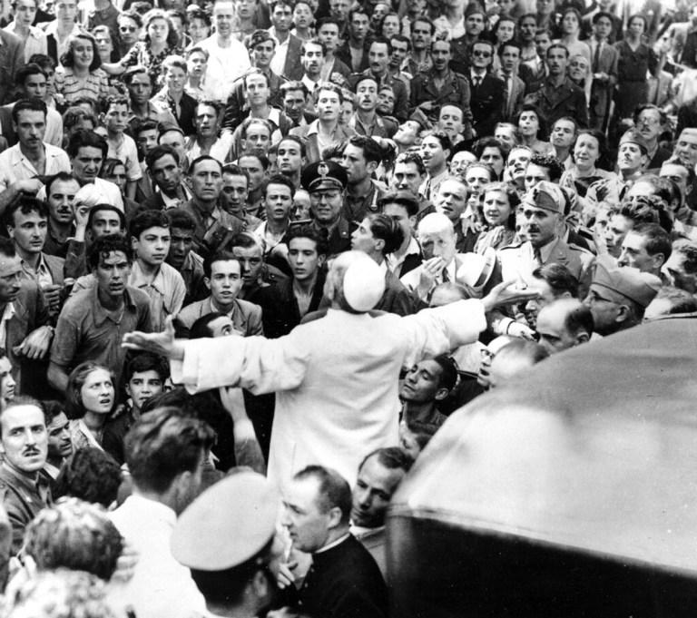 Vaticano libera documentos que esclarecem as supostas ligações de Pio XII com o nazismo